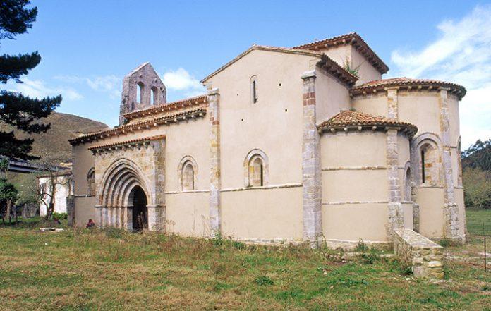 Reabre al público la iglesia llanisca de San Antolín de Bedón